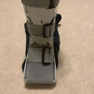 #B31 AirCast, Black Cover, Ankle Braces, and More